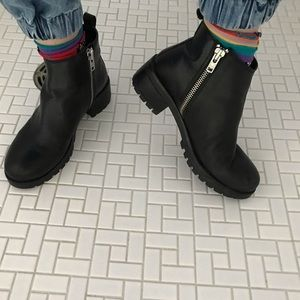 Urban Outfitters Maci Zippered Ankle Boot